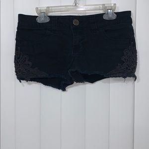 Black short denim shorts